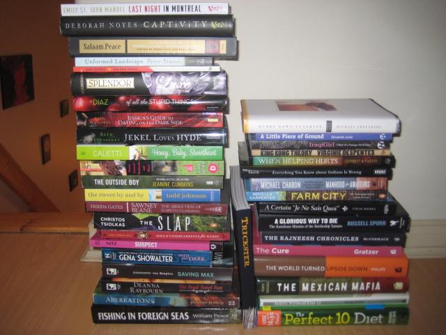 pile of books teen - photo #23